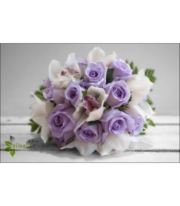 Rosas lila y orquídea